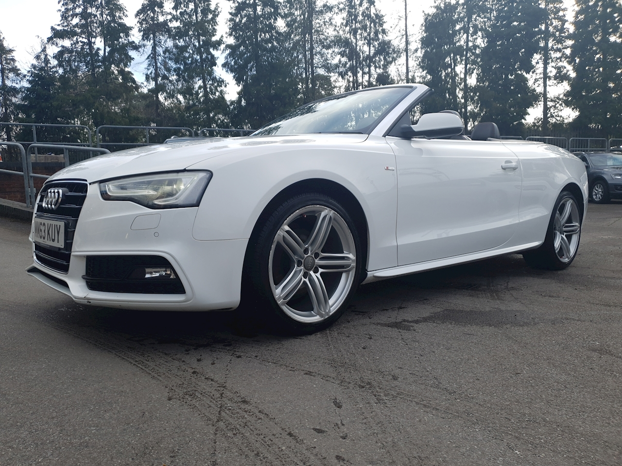 Audi 1.8 TFSI S line Special Edition ( TWO TONE LEATHER) Cabriolet 2dr Petrol Manual (143 g/km, 168 bhp)