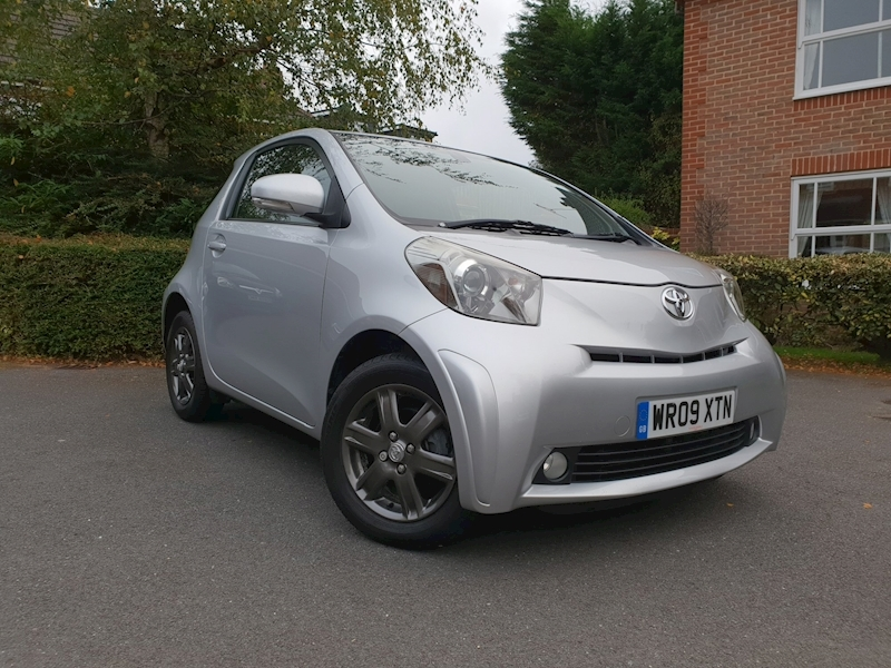 Iq Vvt-I Iq2 Hatchback 1.0 Manual Petrol