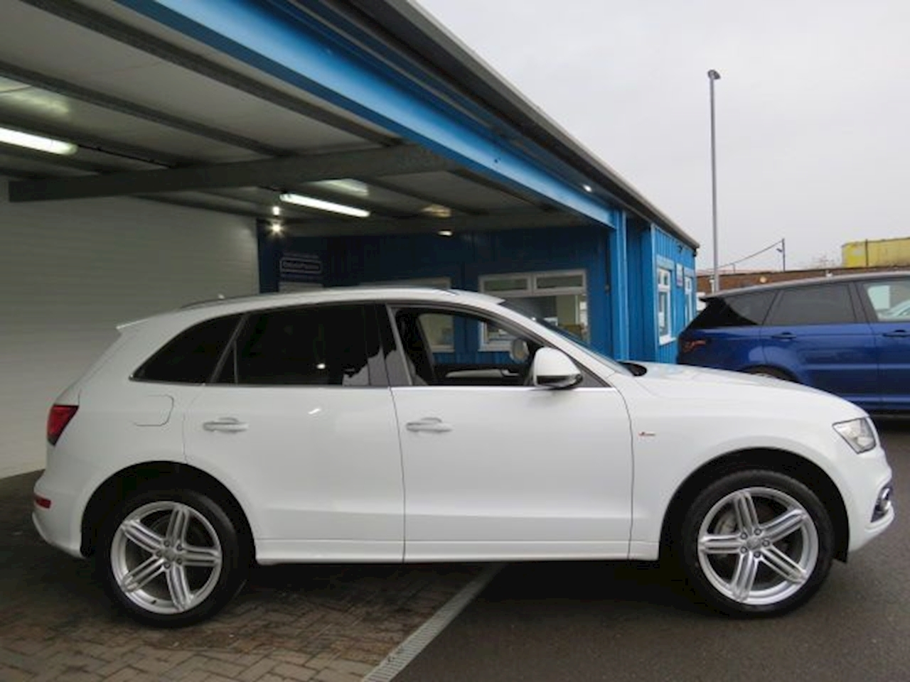 Audi Q5 Tdi Quattro S Line Plus Estate 2.0 Manual Diesel