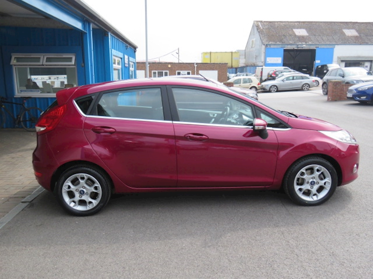 Ford Fiesta Zetec 1.4 5dr Hatchback Automatic Petrol