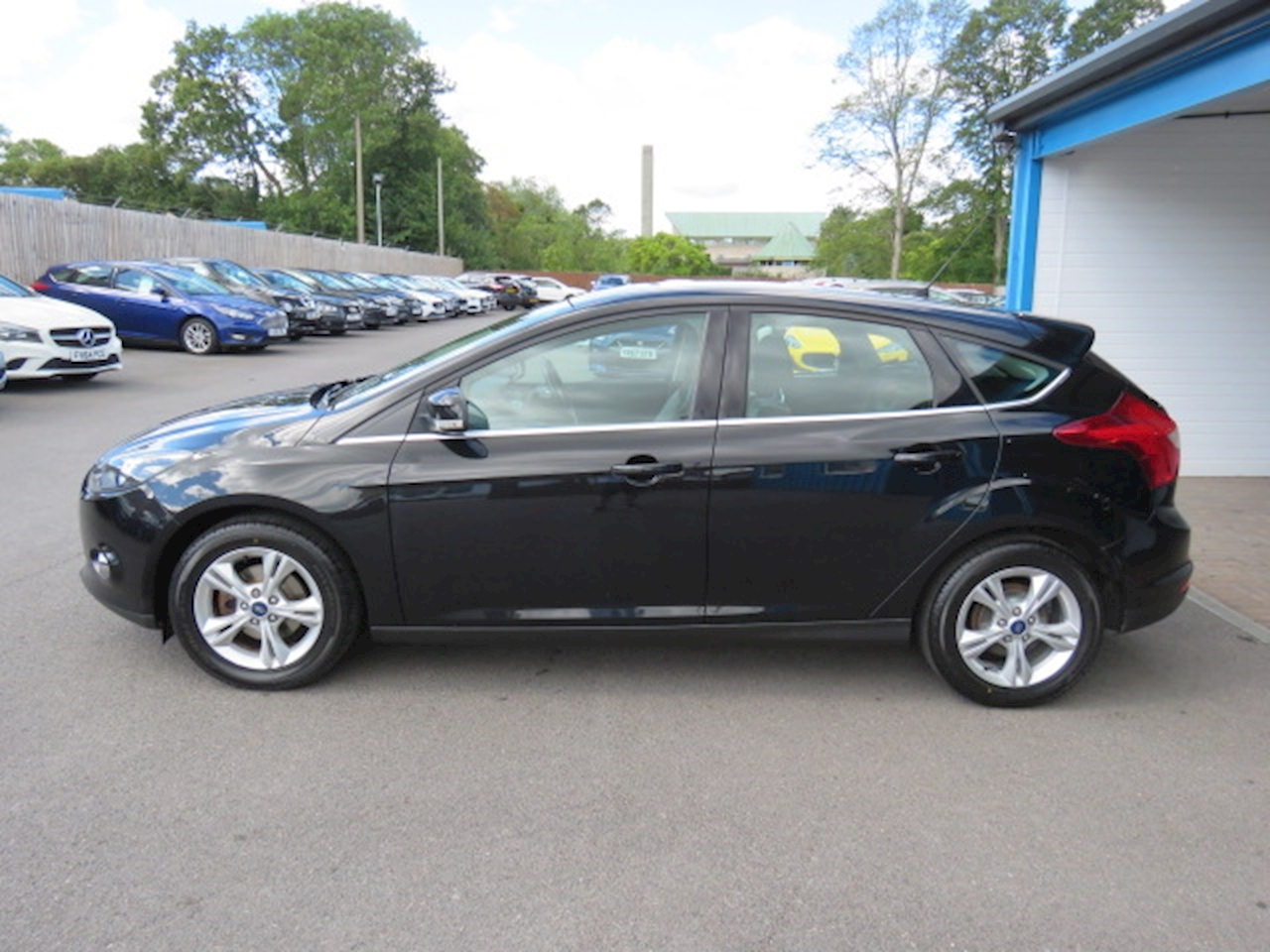 Ford Focus Zetec 1.6 5dr Hatchback Manual Petrol