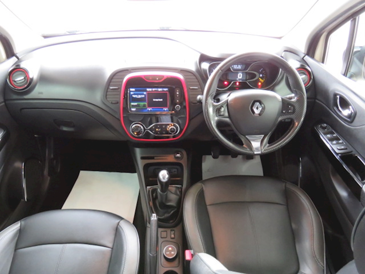 Renault Captur Signature Nav 1.5 5dr SUV Manual Diesel