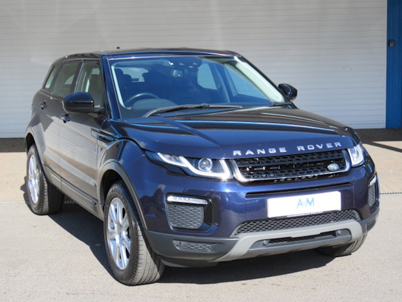 Land Rover Range Rover Evoque SE Tech SUV 2.0 Manual Diesel