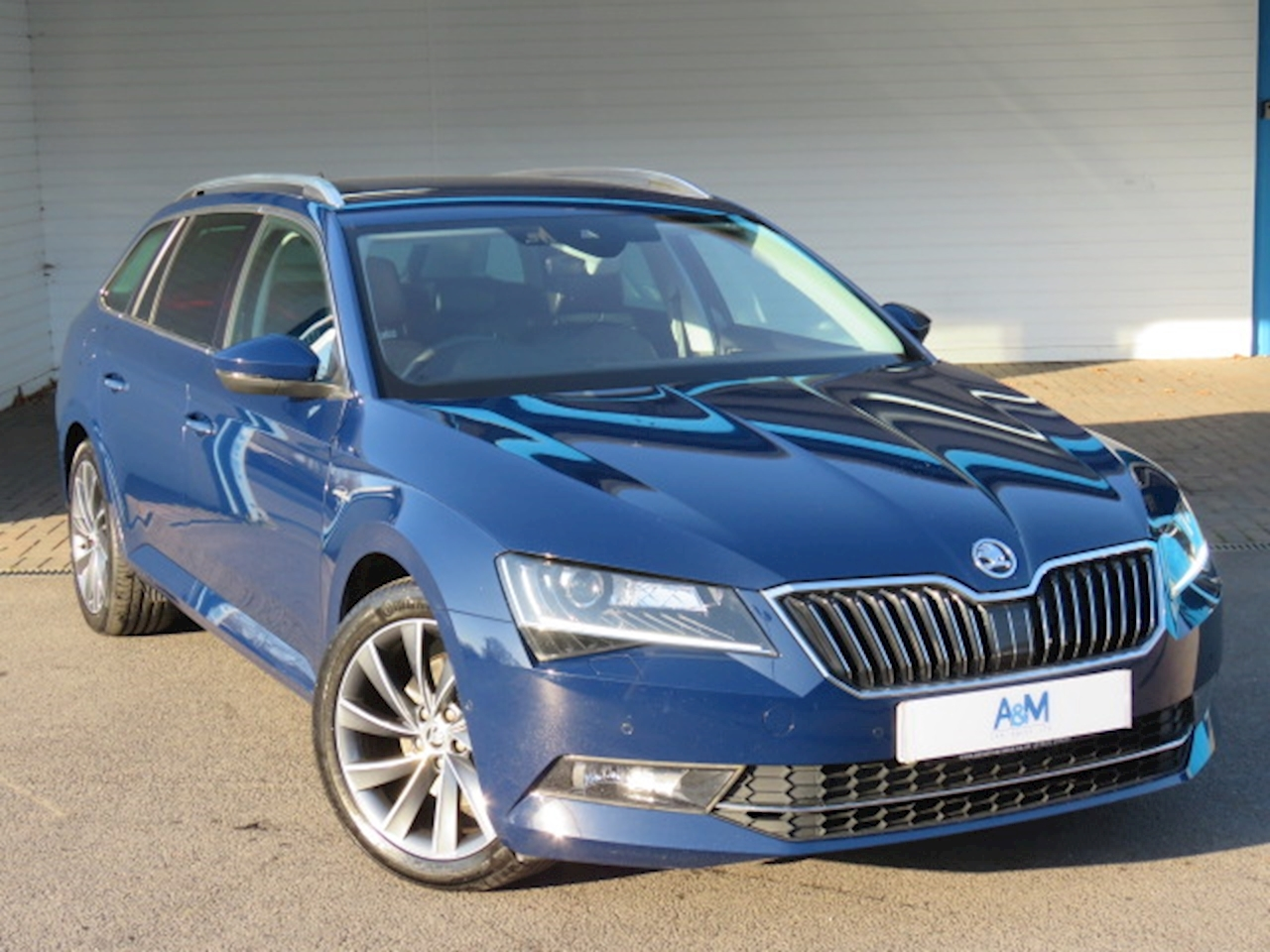 SKODA Superb Laurin & Klement 2.0 5dr Estate Manual Diesel
