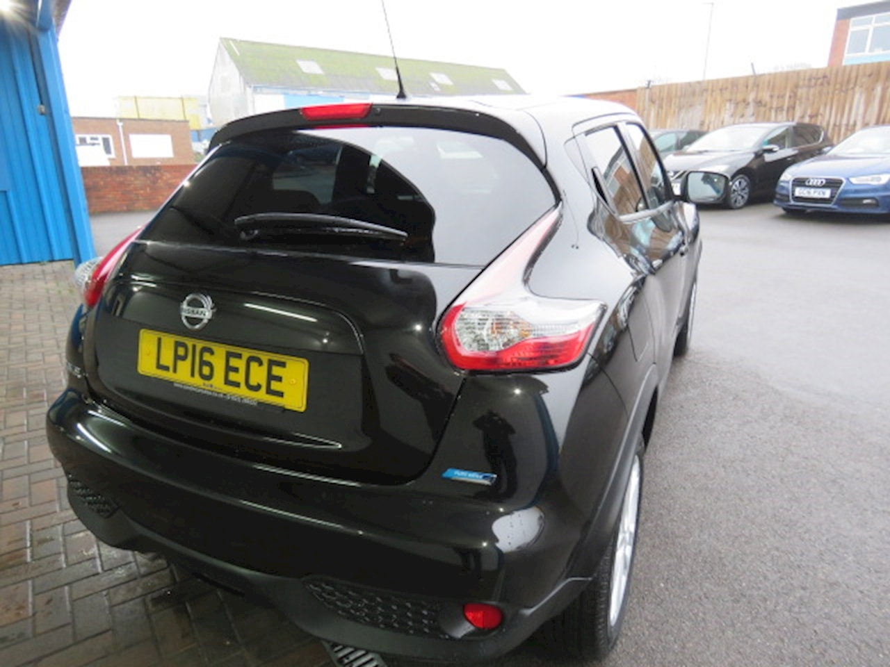 Nissan Juke N-Connecta 1.5 5dr SUV Manual Diesel