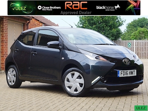 Toyota Aygo Vvt-I X-Play Hatchback 1.0 Manual Petrol