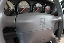 Porsche 911 (993) 3.6 Carrera 4 Coupe - Thumb 33