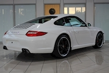 Porsche 911 3.8 911 (997) 3.8 C2S Coupe Manual - Thumb 4