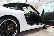 Porsche 911 3.8 911 (997) 3.8 C2S Coupe Manual - Thumb 11