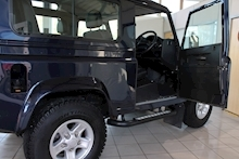Land Rover Defender 90 2.2 XS Station Wagon - Thumb 13