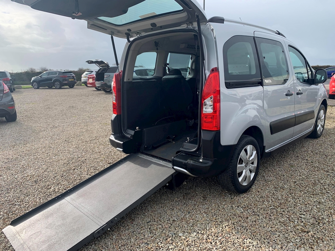 Citroen Berlingo Multispace Hdi Xtr Mpv 1.6 Manual Diesel
