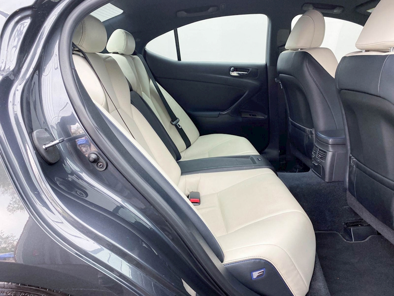 Lexus Is F IS F AUTO Saloon 5.0 Automatic Petrol