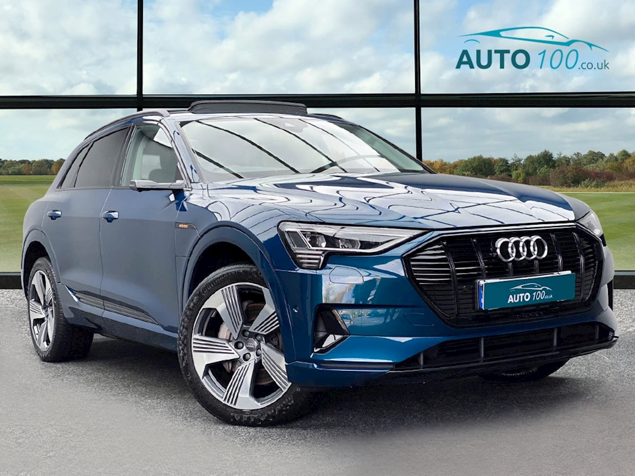 Audi 55 Launch Edition SUV 5dr Electric Auto quattro 95kWh (408 ps)