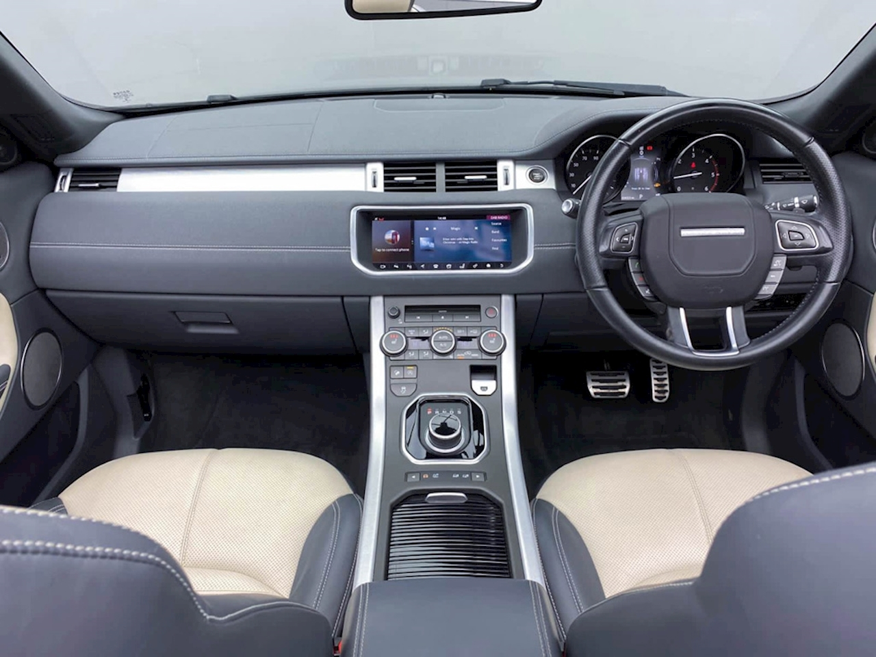 Land Rover 2.0 TD4 HSE Dynamic Lux Convertible 2dr Diesel Auto 4WD (s/s) (180 ps)