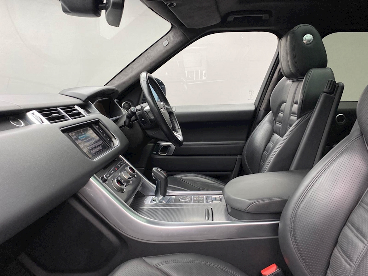 Land Rover 3.0 SD V6 Autobiography Dynamic SUV 5dr Diesel Automatic 4X4 (s/s) (185 g/km, 306 bhp)