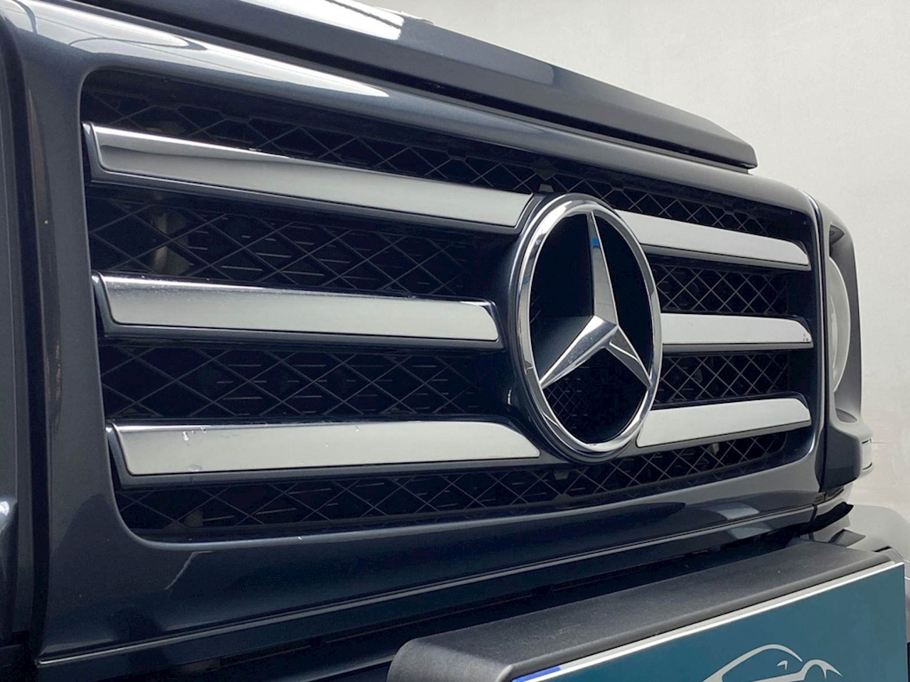 Mercedes-Benz 3.0 G350 CDi SUV 5dr Diesel G-Tronic 4WD (s/s) (245 ps)