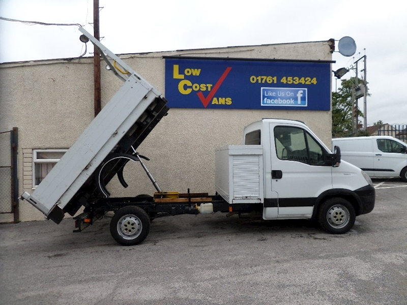 Iveco Daily 35 s11 9 FT ALLOY TIPPER Automatic