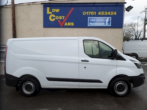 Ford Transit Custom 290 SWB AIR CON 125 Low Roof