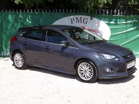 Focus Zetec S Hatchback 1.6 Manual Petrol