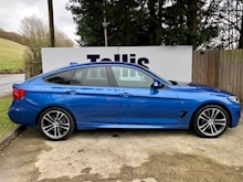 2017 BMW 3 Series - Thumb 2