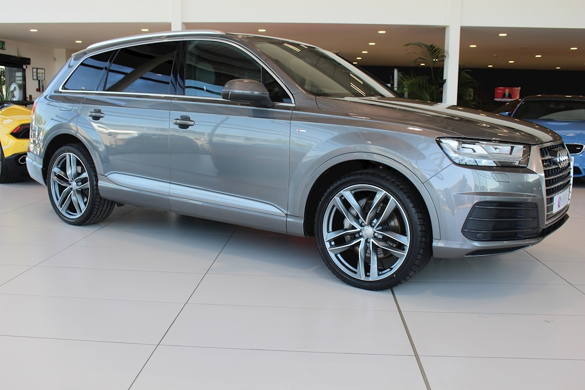 Audi Q7 SUV from 2015 specs dimensions facts amp figures