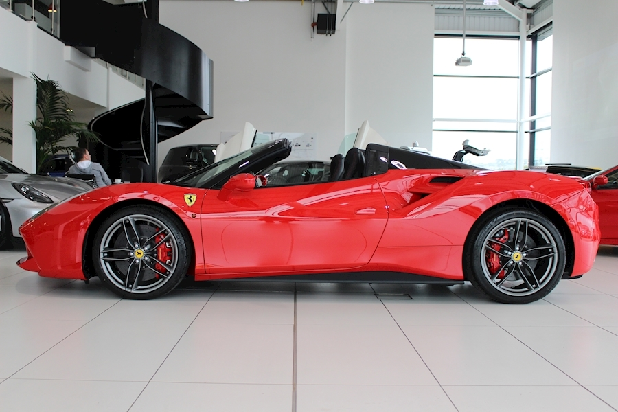 Ferrari 488 Spider - Large 3