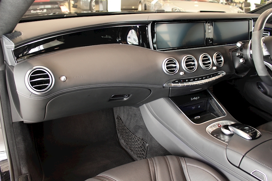 Mercedes S Class Amg S 63 - Large 20