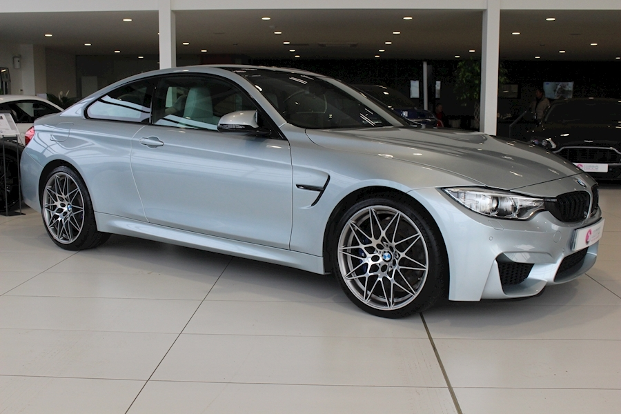 Bmw M4 Competition Package M4 COMPETITION PACKAGE S- Coupe 3.0 Semi Auto Petrol