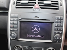 Mercedes-Benz B180 2011 SE - Thumb 16