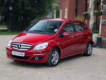 Mercedes-Benz B180 2011 SE - Thumb 1