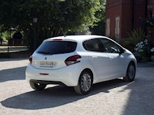 Peugeot 208 2018 Allure 5 Door - Thumb 3