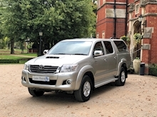 Toyota Hi-Lux 2014 Icon D/Cab Pick Up 2.5 D-4D 4WD - Thumb 2