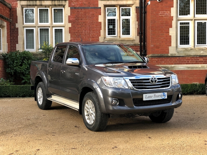 Hilux Icon 4X4 D-4D Dcb 2.5 5dr Light 4X4 Utility Manual Diesel
