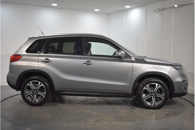 Suzuki – Vitara Sz5 Ddis Allgrip Hatchback 1.6 Manual Diesel (2016) full
