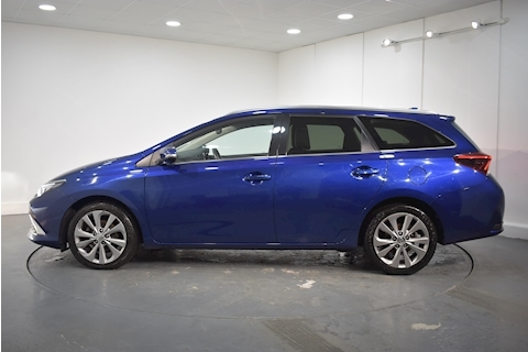 Toyota – Auris D-4D Excel Touring Sports Tss Estate 1.6 Manual Diesel (2017) full