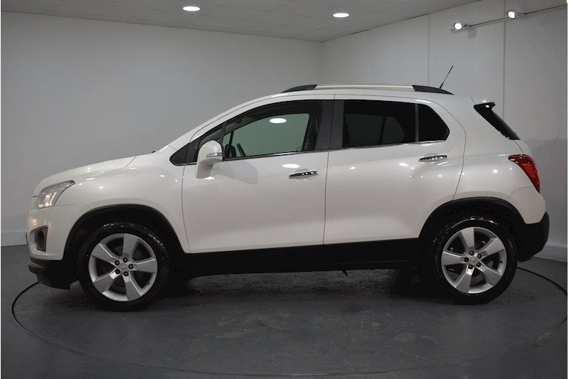 Chevrolet – Trax Lt Hatchback 1.6 Manual Petrol (2013) full