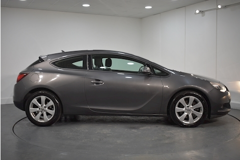 Vauxhall – Astra GTC Sport Coupe 1.6 Manual Petrol (2012) full