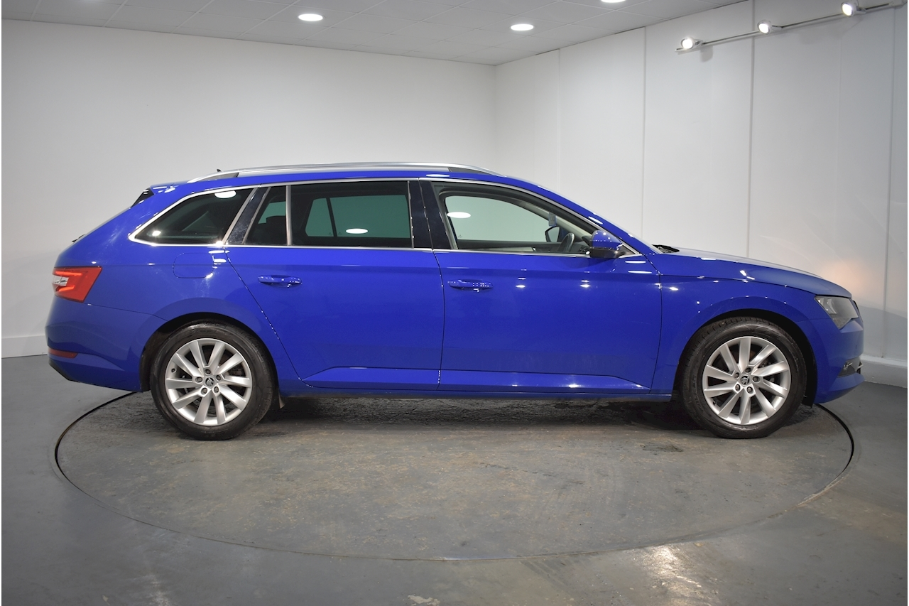 SKODA 2.0 TDI SE Technology Estate 5dr Diesel (s/s) (150 ps)
